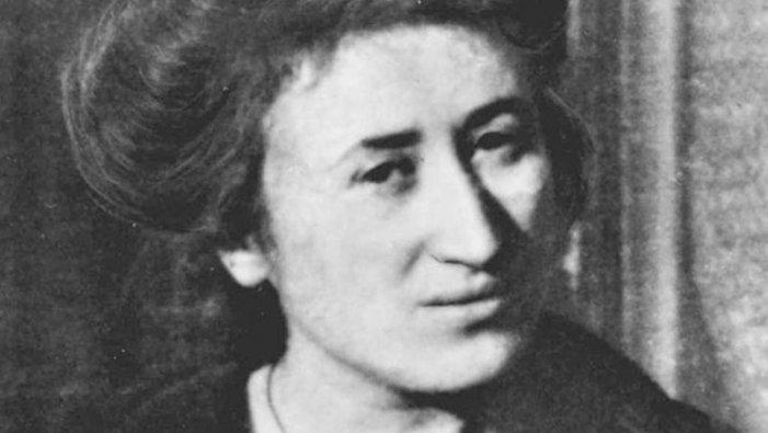 """Clara Zetkin sobre Rosa Luxemburg: """"L'obra de tota la seva vida va ser preparar la revolució"""""""