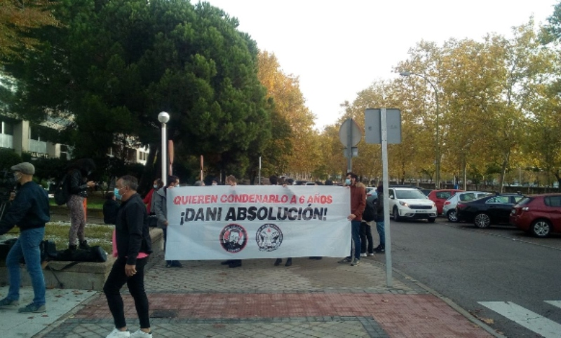 Comença el judici contra Dani Gallardo per solidaritzar-se amb el poble català